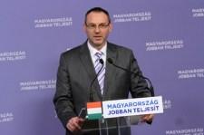 Jobbik: Zsigó Róbert számoljon el az autózásai költségével!