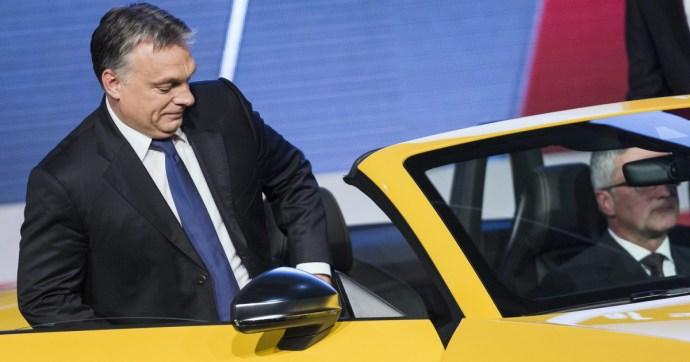 Na, ezért nem szabadott volna a német multik összeszerelő csarnokává tenni az országot: letarolhatja a magyar gazdaságot az autóipar válsága