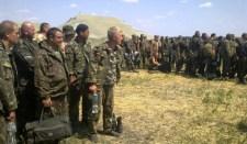 Több mint 240 ukrán katona marad Oroszország területén (FOTÓ)
