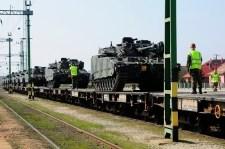 Hollandia adhatja a páncélos haderőt az ukrán beavatkozáshoz