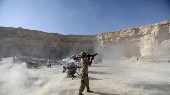 Illegális szíriai amerikai támaszponton hadgyakorlatoznak a vendég terroristák