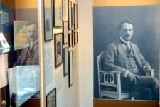 Babits Mihály hétköznapi életét is megismerhetjük felesége fényképeiből
