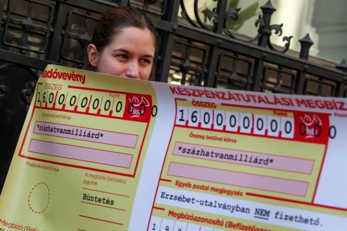 160 milliárd forintos csekket kapott a Fidesz a Momentumtól