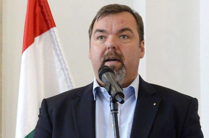 L. Simon elismerte a Hír TV-s kijelentést