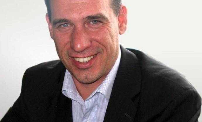 Kunetz Zsombor: Rohadó oktatás mellett csak külföldre, vagy a gyártósornak születnek majd gyerekek