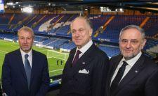 """""""Késik"""" a Chelsea oroszországi zsidó tulajdonosának vízuma – a szombati FA Kupa-döntőn sem volt jelen"""