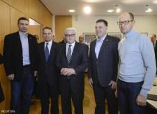 Itt az EU-s furkósbot Ukrajnának