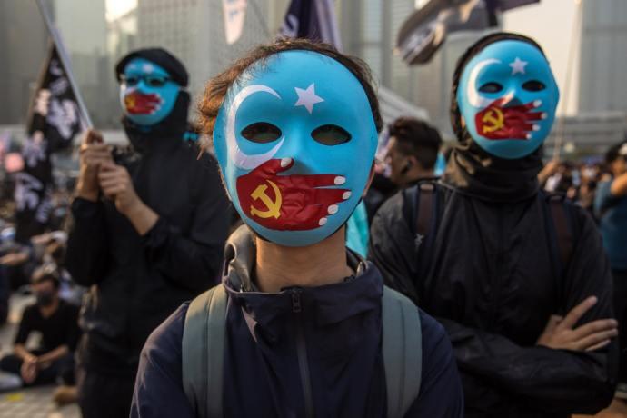 Hollandia: Népirtás zajlik