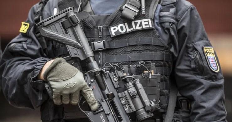 """Frankfurtban egy """"szélsőjobboldali"""" rendőri egységet lepleztek le"""
