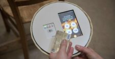 Őrület: Bankkártyával is lehet perselypénzt fizetni egy magyarországi templomban
