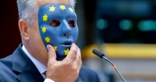"""VÁDOLOM az EU a migránsválságot előidéző érintett """"VEZETŐIT"""" és az ő támogatóikat!"""