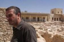 Kiszabadult egy szíriai pap az Iszlám Állam fogságából
