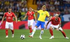 Neymart szétrúgták a svájciak