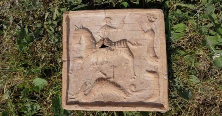 15. századi kályhacsempére bukkantan Gombaszögben