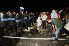 Menekültek zártak le egy határátkelőt Horvátország és Szlovénia között