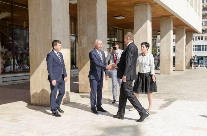 Iohannis oláh zászlót vitt a székelyeknek, és közölte velük, hogy elutasítja az autonómiát