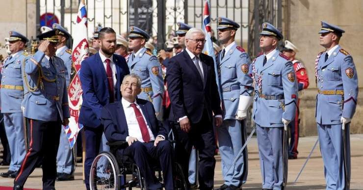Andrej Babiš szerint nem súlyos Miloš Zeman cseh államfő egészségi állapota