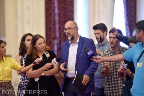 Kelemen Hunor: Disznóság volt megismételni a szavazást