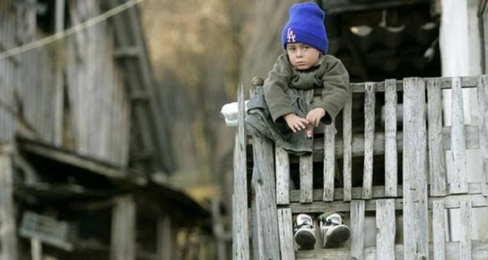 Szigorúbb megfigyelés alá helyezik a vendégmunkások itthon maradt gyermekeit