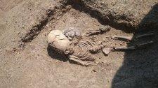 Deformált gyermekkoponyára bukkantak a Krím-félszigeten