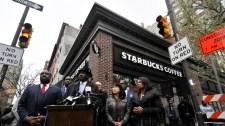 """Négerekre rendőrt hívni rossz, értem? – """"Érzékenyítő"""" kiképzést tart alkalmazottainak a Starbucks"""