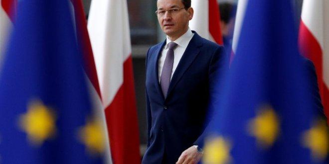 Lengyel lap: Varsó olyan lesz az EU-val, mint amilyen Orbán. Elviselhetetlen