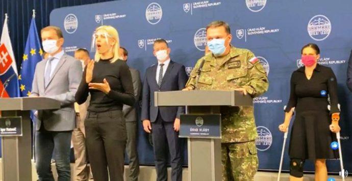 A kormány felhatalmazta a hadsereget: Szlovákia megkezdi az ország általános COVID-tesztelést