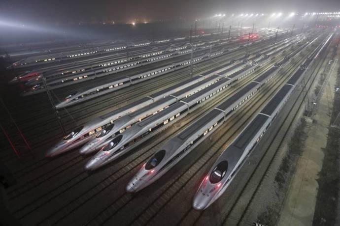 Az eurázsiai vonatok már a repülőgépekkel konkurálnak. Az USA lemaradt a versenyben