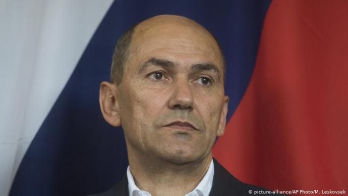 Bizalmatlansági indítványt terjesztettek be a szlovén kormány ellen