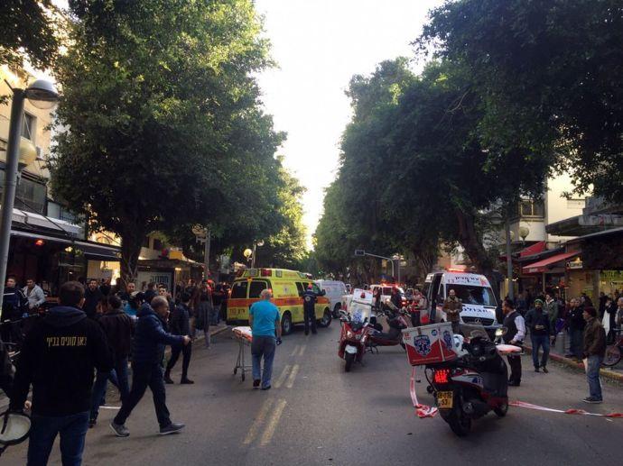 Vérfürdő egy tel-avivi pubban – Két halott, négy életveszélyesen és három közepesen megsebesült áldozat