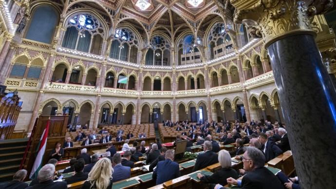 Kíméletlen ellenzéki reakciók a kormányfő idénynyitó beszédére