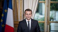 """""""Gazdasági és szociális rendkívüli állapotot"""" hirdetett ki Emmanuel Macron francia elnök"""
