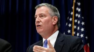 """A New York-i polgármester az """"évszázados rasszizmusról"""""""