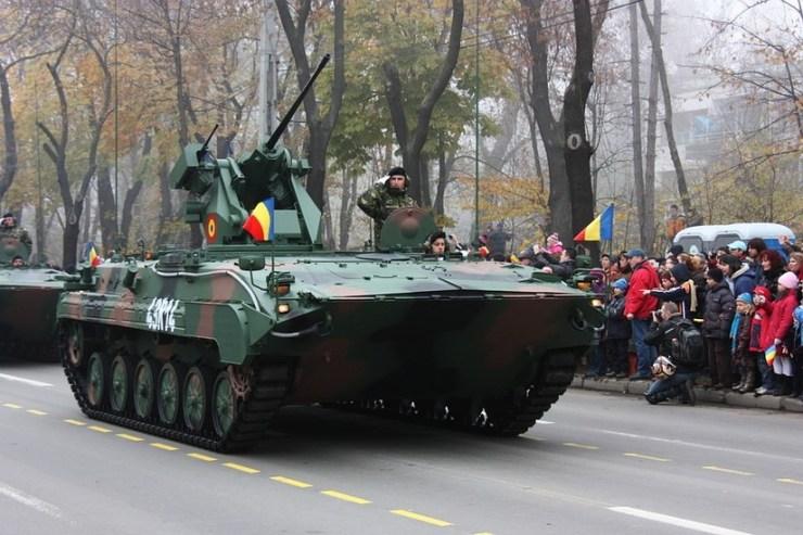 Hazaküldték a román harckocsikat a NATO-hadgyakorlatról, mert túl veszélyesek voltak – az utakra