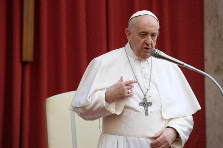 Ferenc pápa: Az ima nem rituálé, hanem az élet lélegzése, mely értelmet ad tetteinknek!