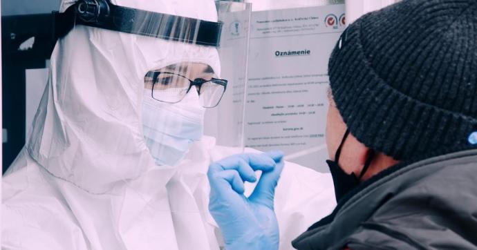 A kígyózó sorok már a múlté – az antigén tesztelés is regisztrációhoz kötött