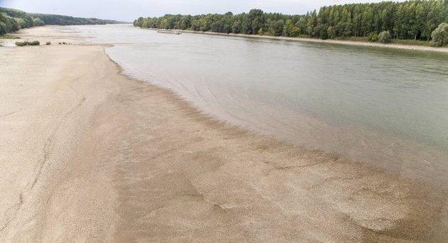 Elsüllyedt 18. századi hajó rakománya lehet a Dunából előkerült kincslelet