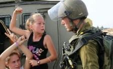 A globális hőssé vált Ahed Tamimi keresztény palesztin lány csak visszaadta a pofont az izraeli katonának