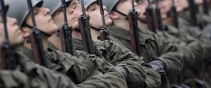 Szerveződik az ellenállás – osztrák katonatisztek szólalnak fel a hadseregük szétverése ellen
