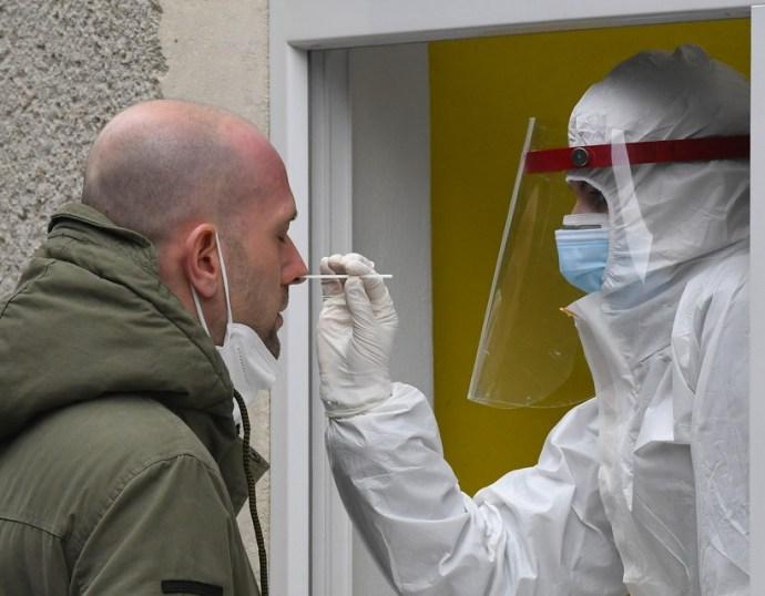 Még az enyhe koronavírus-fertőzés is okozhat hosszan tartó problémákat
