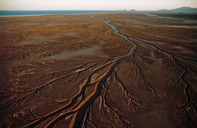 Vízzel árasztják el a Colorado folyó kiszáradt torkolatát