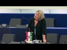 Miért rettegnek a magyar munkavállalók? – Morvai Krisztina strasbourgi felszólalásai a nemzetsors kérdéseiről (videoval)