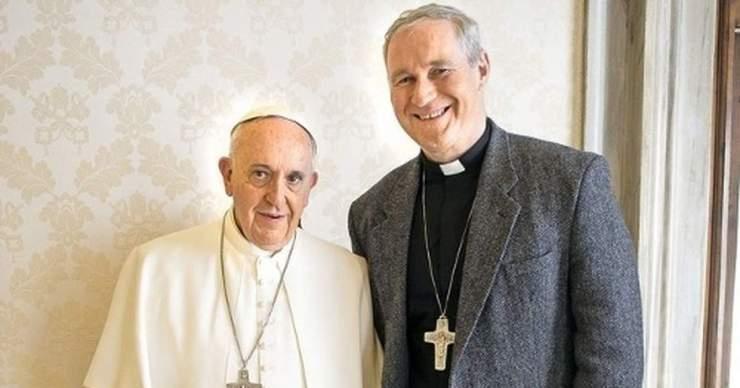 A püspökök szerint rendben volt Róbert Bezák jelenléte a sasvári szentmisén