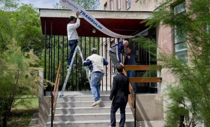 Menekülteket zsúfolnának össze hajléktalanokkal Pesterzsébeten!