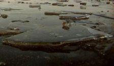 Beszakadt a tó jege a férfi alatt, megfulladt
