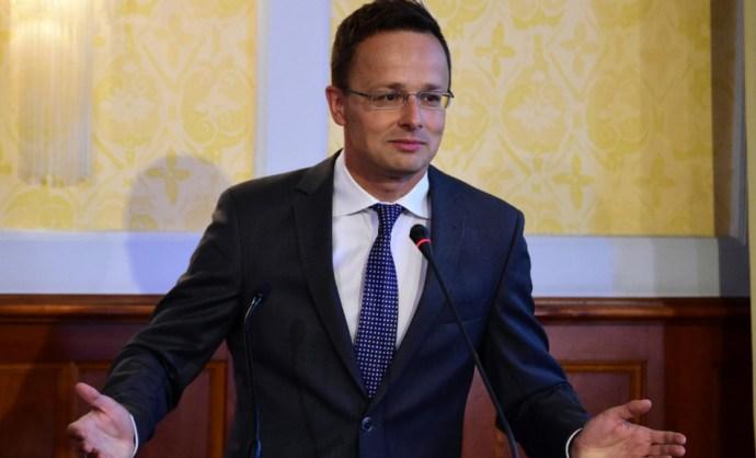 Szijjártó próbálja az EU-ban is meghonosítani a gyalázatos magyar politikai vitakultúrát