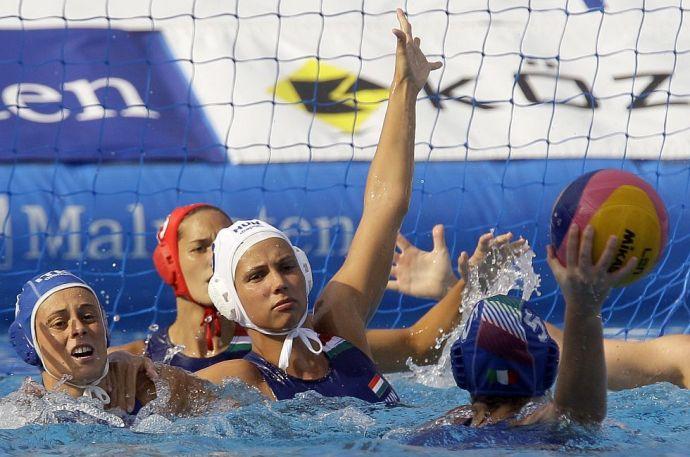 Megbüntettük az olasz aljaskodást, bronzérmes Magyarország