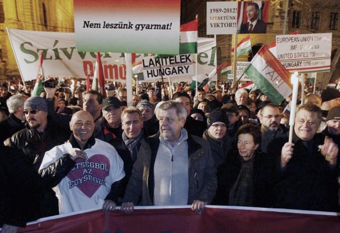 Orbán Viktor háborúja