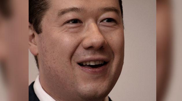 """Hajtóvadászat folyik egy félig japán származású cseh politikus ellen, amiért elmondta véleményét a """"roma holokausztról"""""""
