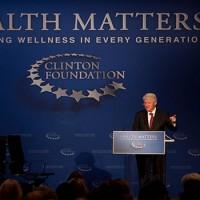 A Clinton Alapítvány dollármilliókat kapott ukrán oligarcháktól